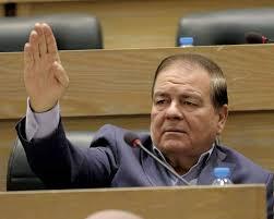 صورة النائب السابق منصور مراد ينسحب من سباق الانتخابات النيابية