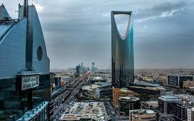 صورة السعودية … قرار مرتقب بالسماح للمنشآت بالعمل وقت الصلاة