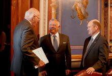 صورة الملك يلتقي أبرز لجان مجلس الشيوخ الأمريكي